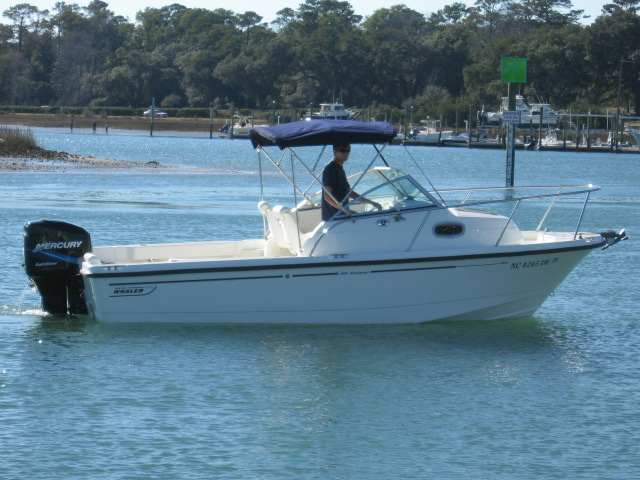 20' ft Boston Whaler 205 CONQUEST